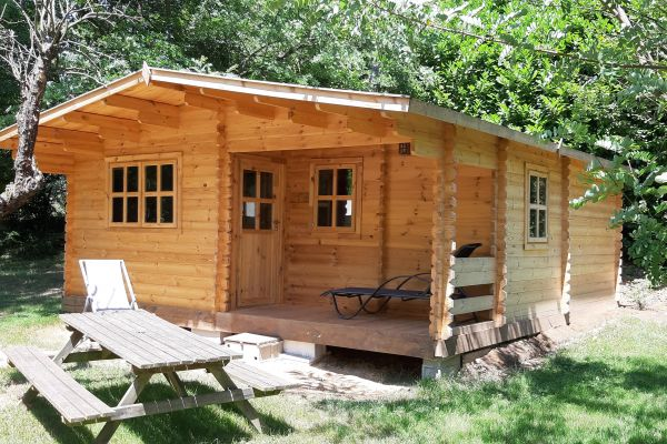 chalet-ranch-camping-le-viaduc-min8CD39697-9872-3181-99A2-7A87C5807F3E.jpg